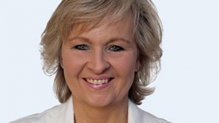 Dr. Astrid Hencke